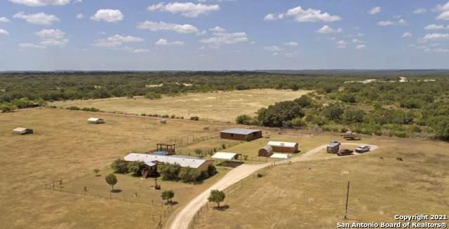 375 County Road 347, Hondo, TX 78861 (MLS #1541669) :: Phyllis Browning Company