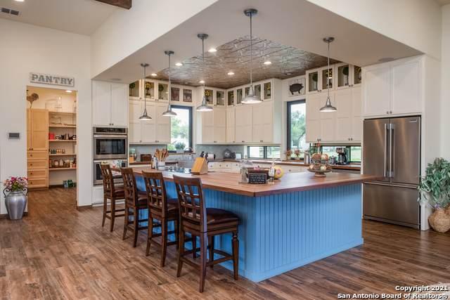 27977 Fm 470, Utopia, TX 78884 (MLS #1543647) :: Exquisite Properties, LLC
