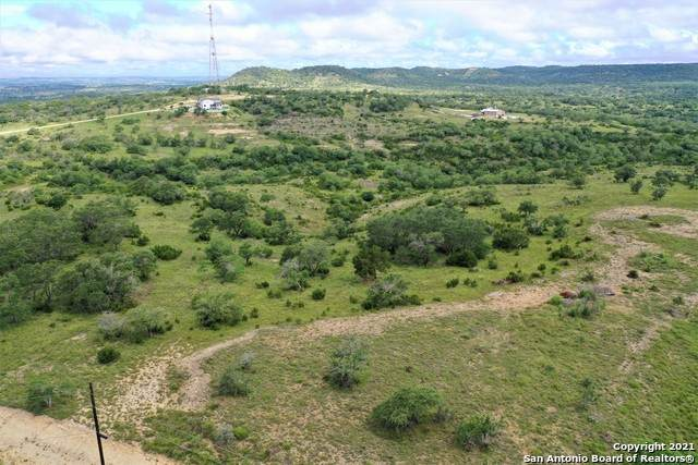 37 High Point Ranch Rd, Boerne, TX 78006 (MLS #1544713) :: EXP Realty