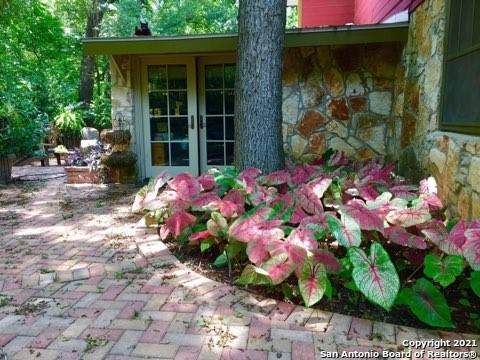 18827 Hillside Dr, Helotes, TX 78023 (MLS #1544958) :: The Mullen Group | RE/MAX Access