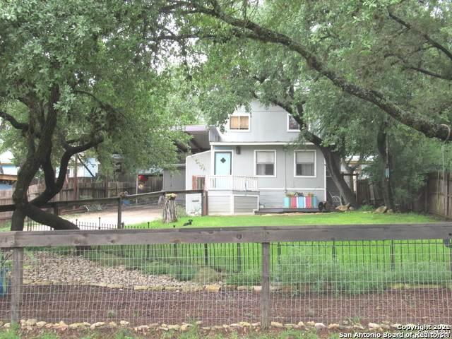 1468 Pebble Beach Rd, Lakehills, TX 78063 (MLS #1544967) :: Texas Premier Realty