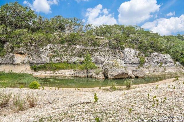 502 Green Valley Dr, Pipe Creek, TX 78063 (MLS #1545477) :: Countdown Realty Team