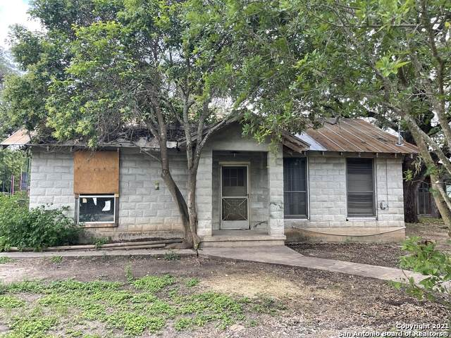 460 W 7th St, Camp Wood, TX 78833 (MLS #1545668) :: Carter Fine Homes - Keller Williams Heritage