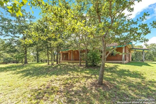 1311 County Road 427, Stockdale, TX 78160 (MLS #1545718) :: JP & Associates Realtors