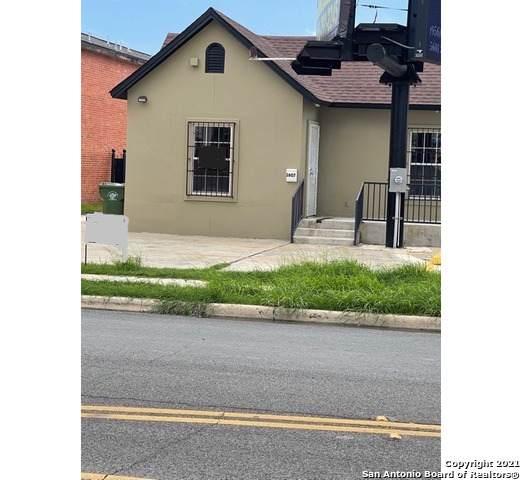 2607 San Bernardo Ave, Laredo, TX 78040 (MLS #1546488) :: 2Halls Property Team   Berkshire Hathaway HomeServices PenFed Realty