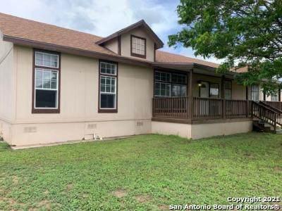 1223 N Center St, Sabinal, TX 78881 (MLS #1546718) :: Carolina Garcia Real Estate Group