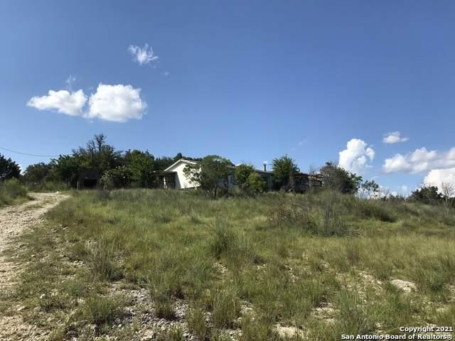 112 Platten Creek Rd, Boerne, TX 78006 (MLS #1546774) :: Tom White Group