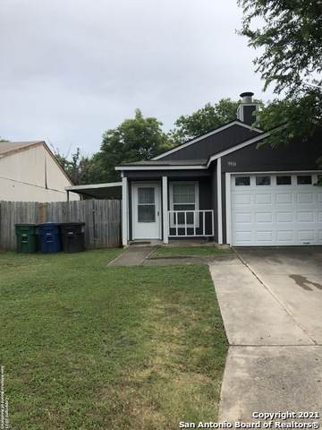 9916 Village Briar, San Antonio, TX 78250 (MLS #1548081) :: The Lopez Group