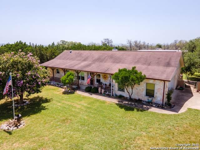 689 River Ranch Drive, Bandera, TX 78003 (MLS #1548487) :: Carter Fine Homes - Keller Williams Heritage