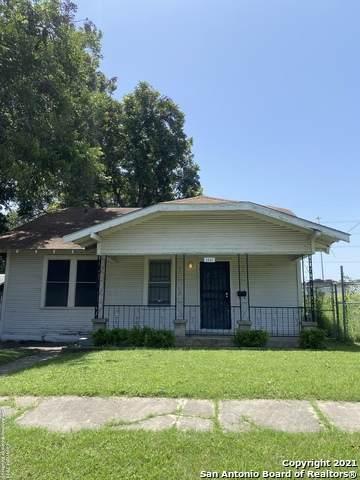 1531 Hoefgen, San Antonio, TX 78210 (#1548563) :: The Perry Henderson Group at Berkshire Hathaway Texas Realty