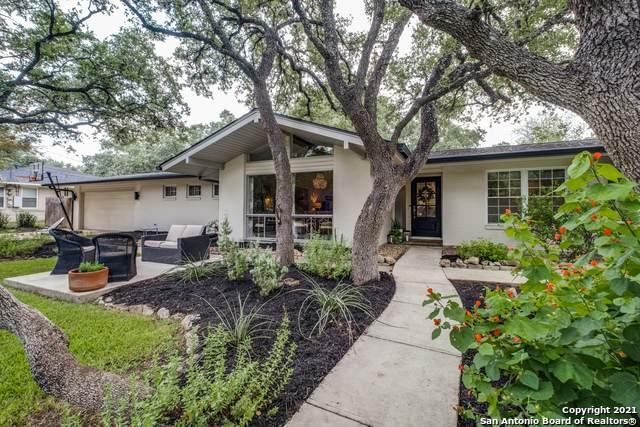 325 Skyforest Dr, Hollywood Pa, TX 78232 (MLS #1549738) :: JP & Associates Realtors