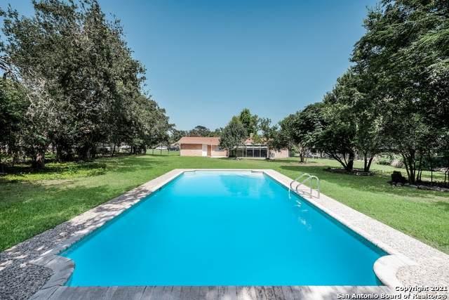 10534 Rocking M Trail, Helotes, TX 78023 (MLS #1549784) :: Carolina Garcia Real Estate Group