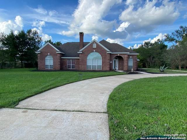 1800 Burton Ave, Orange, TX 77630 (MLS #1551464) :: Beth Ann Falcon Real Estate