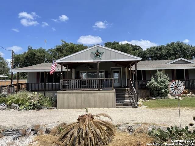 348 Private Road 1525, Bandera, TX 78003 (MLS #1553866) :: Exquisite Properties, LLC