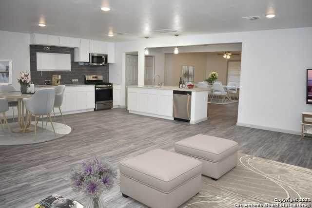 3815 Manchester Dr, San Antonio, TX 78223 (MLS #1555041) :: Exquisite Properties, LLC