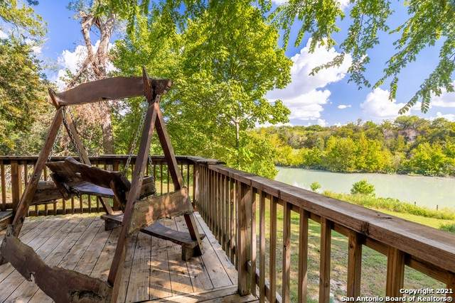 312 Waterway Pass, New Braunfels, TX 78130 (MLS #1555698) :: The Glover Homes & Land Group