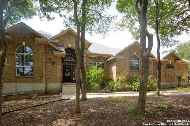468 Shady Hollow, New Braunfels, TX 78132 (MLS #1556110) :: Santos and Sandberg