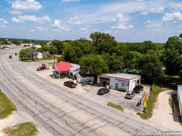 427 State Highway 27, Comfort, TX 78013 (MLS #1556418) :: Alexis Weigand Real Estate Group