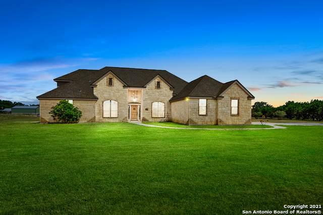 701 Kreutzberg Rd, Boerne, TX 78006 (MLS #1556437) :: Phyllis Browning Company