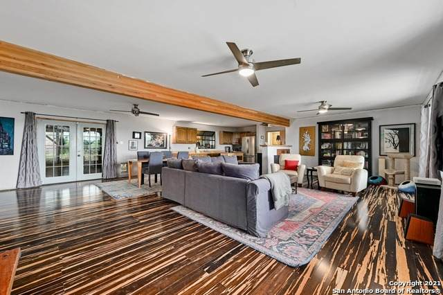 9 La Quinta St, Wimberley, TX 78676 (MLS #1556923) :: Concierge Realty of SA