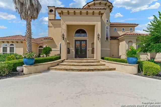 10303 Rinderfarm Ct, New Braunfels, TX 78132 (MLS #1557882) :: The Castillo Group