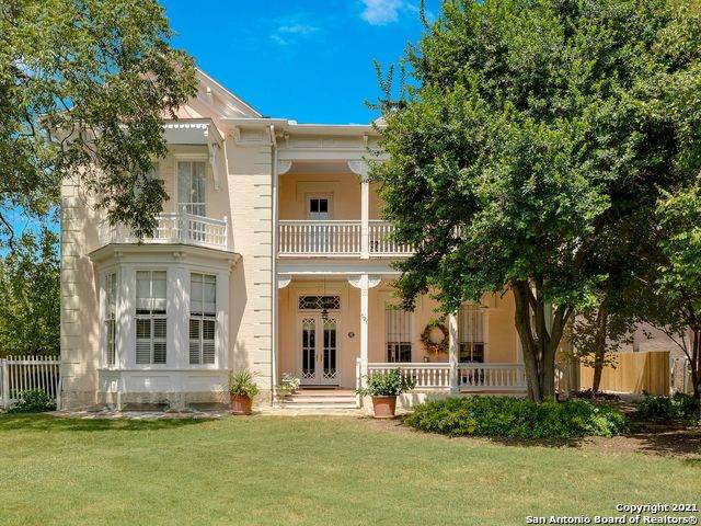 521 W Euclid Ave, San Antonio, TX 78212 (MLS #1558309) :: Alexis Weigand Real Estate Group