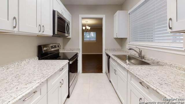 2918 Big Horn Dr, San Antonio, TX 78228 (MLS #1558599) :: Real Estate by Design