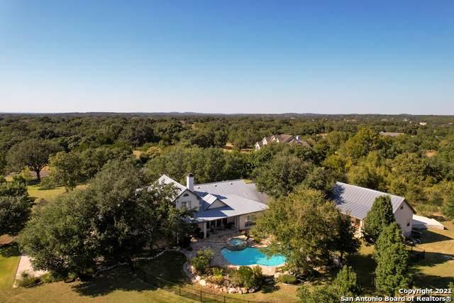 30660 Wild Fire Dr, Fair Oaks Ranch, TX 78015 (MLS #1559560) :: The Gradiz Group