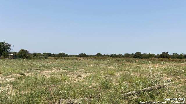4207 Butterfly, Von Ormy, TX 78073 (MLS #1559720) :: 2Halls Property Team | Berkshire Hathaway HomeServices PenFed Realty