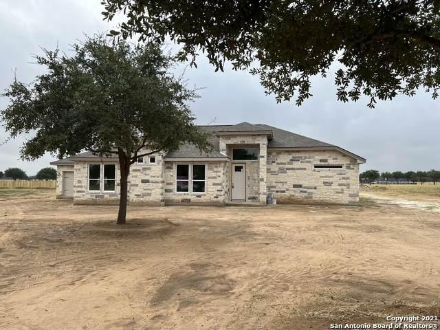 128 W Short Meadow Drive, Lytle, TX 78052 (MLS #1560562) :: Carter Fine Homes - Keller Williams Heritage