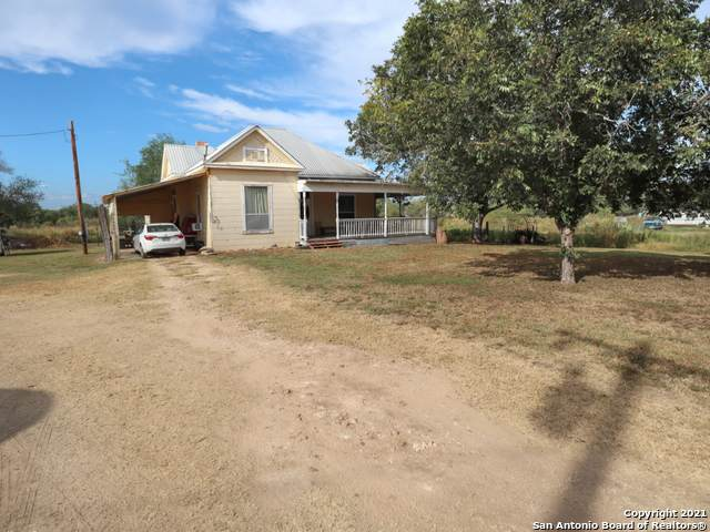 222 Cr 743, Yancey, TX 78886 (MLS #1560581) :: The Lopez Group