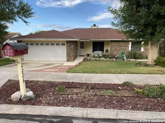 12226 Brownstone St, Live Oak, TX 78233 (MLS #1560699) :: Texas Premier Realty