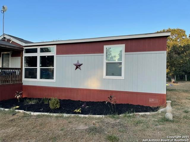 329 County Road 6847, Lytle, TX 78052 (MLS #1560823) :: The Glover Homes & Land Group