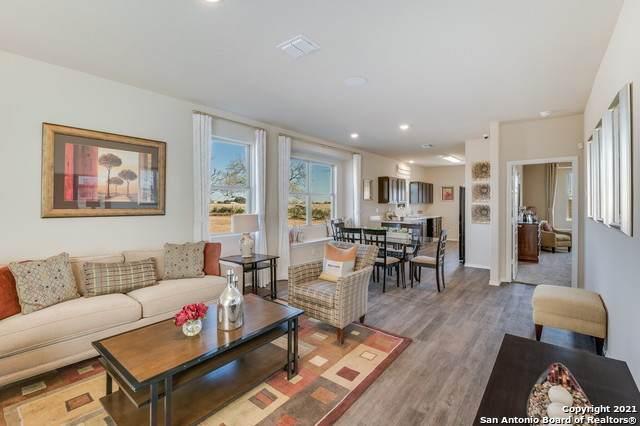 2410 Pink Pearl, San Antonio, TX 78224 (MLS #1560894) :: Alexis Weigand Real Estate Group
