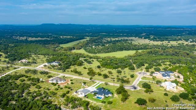 68 Sabinas Ridge Rd, Boerne, TX 78006 (MLS #1560991) :: Santos and Sandberg