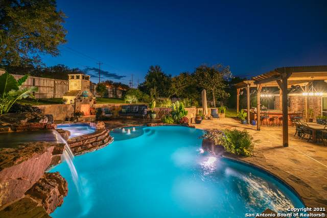 21510 Forest Waters Cir, San Antonio, TX 78266 (MLS #1560994) :: The Lopez Group