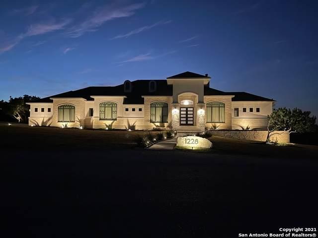 1228 County Road 2801 E, Mico, TX 78056 (MLS #1561091) :: Vivid Realty