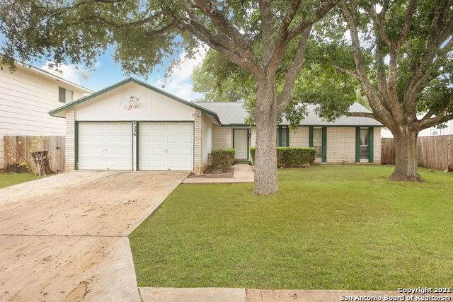 8226 Meadow Post St, San Antonio, TX 78251 (MLS #1561937) :: Alexis Weigand Real Estate Group
