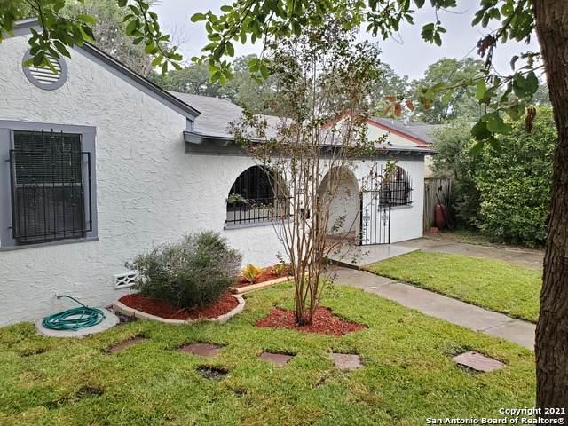 2238 W Magnolia Ave, San Antonio, TX 78201 (MLS #1562003) :: Beth Ann Falcon Real Estate