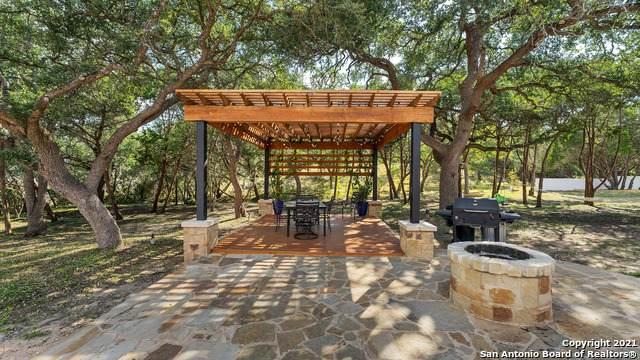 275 Stallion Springs Dr, Fischer, TX 78623 (MLS #1562110) :: Alexis Weigand Real Estate Group