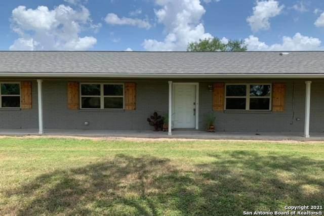 748 Fm 2102, Kenedy, TX 78119 (MLS #1562397) :: The Real Estate Jesus Team