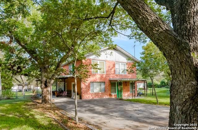 739 Albert St, New Braunfels, TX 78130 (MLS #1563478) :: JP & Associates Realtors