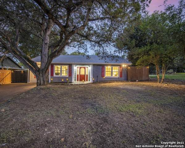 345 W Nacogdoches St, New Braunfels, TX 78130 (MLS #1563642) :: BHGRE HomeCity San Antonio