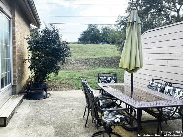 10 Oak Villa Rd #10, Canyon Lake, TX 78133 (MLS #1564171) :: BHGRE HomeCity San Antonio