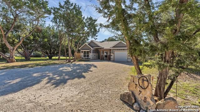 1778 Green Hill Dr, Canyon Lake, TX 78133 (MLS #1564820) :: Santos and Sandberg