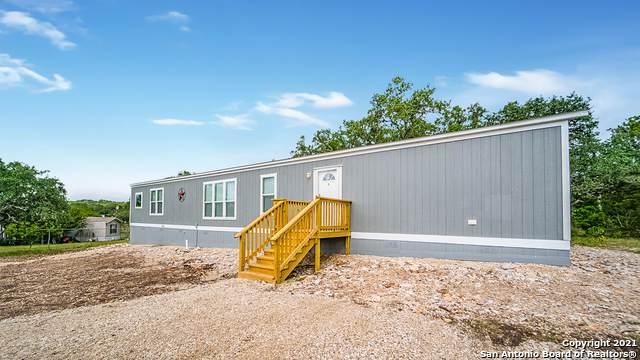 198 Cr 2470, Hondo, TX 78861 (MLS #1566966) :: Carter Fine Homes - Keller Williams Heritage