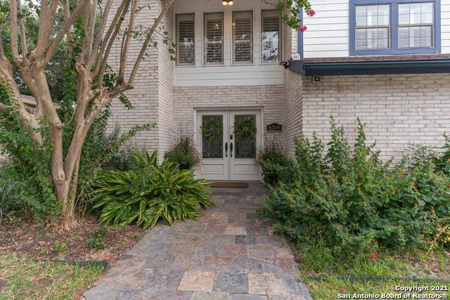 4314 Muirfield, San Antonio, TX 78229 (#1567146) :: The Perry Henderson Group at Berkshire Hathaway Texas Realty
