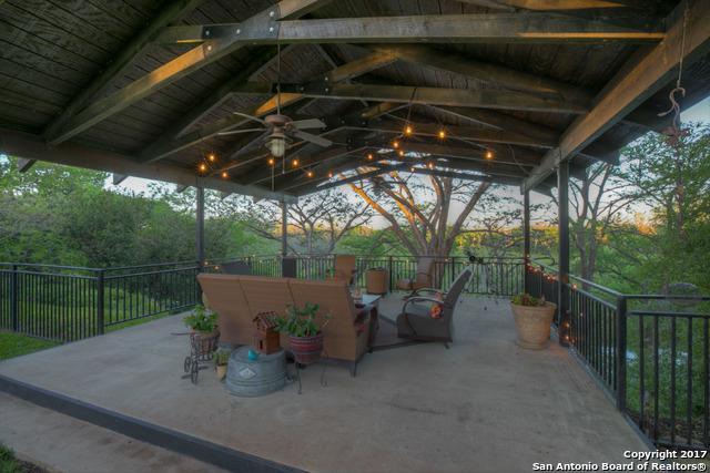 48 Guada Coma, New Braunfels, TX 78130 (MLS #1234424) :: Erin Caraway Group