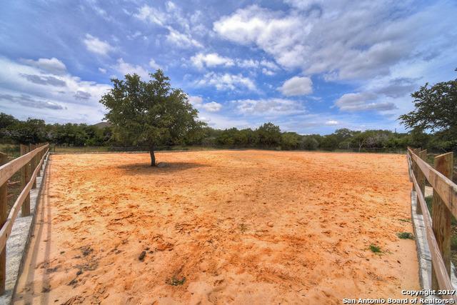 8155 Rolling Acres Trl, Fair Oaks Ranch, TX 78015 (MLS #1249588) :: Exquisite Properties, LLC