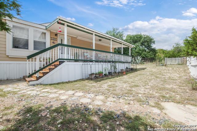 796 Tamarack Dr, Canyon Lake, TX 78133 (MLS #1269379) :: Magnolia Realty